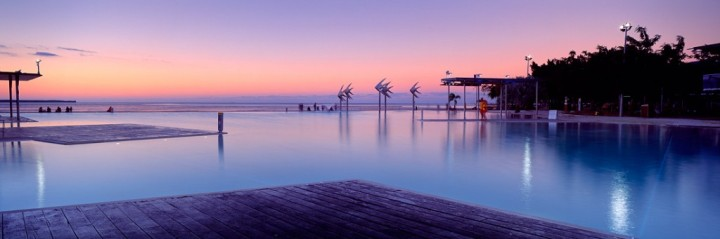 cairns-lagoon-night-zqtif4-1024x341